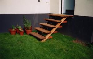 Escalier extérieur bois exotique