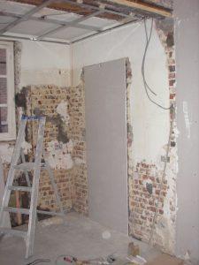 pose structure faux plafond + condamnation de la vielle porte cuisine